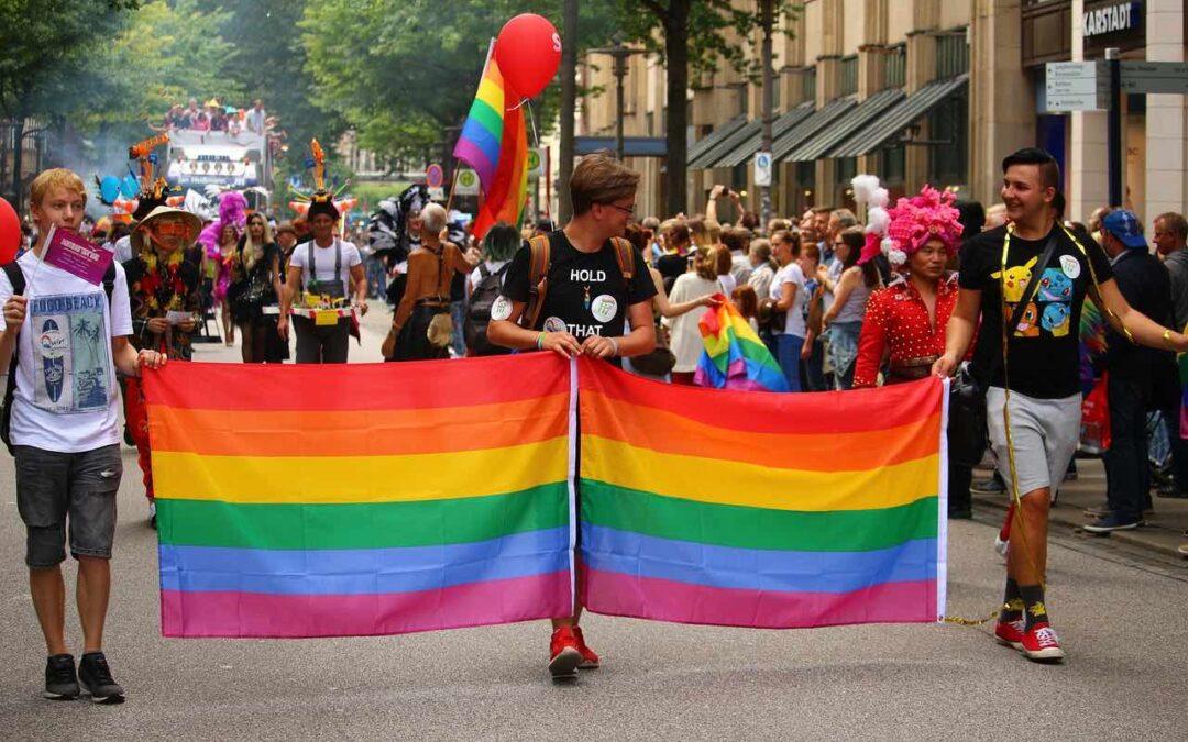5 prideparader du måste uppleva